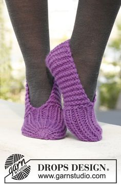 "Knitted DROPS slippers in ""Andes"". ~ DROPS Design freebie: thanks so xox"