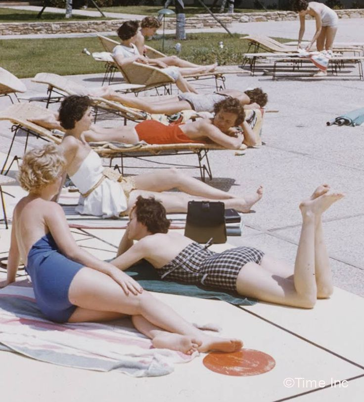 123 best 1950s beach swimwear images on pinterest - Pool school 123 ...