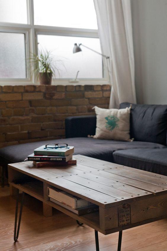 Table basse élégante fabriquée à partir de palette en bois