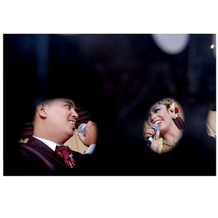 #candidweddingphotography #candid #pengantin #pengantin #pengantinjawa  Oktaf fotografi 0856 456 03 005 by ariakriswandi