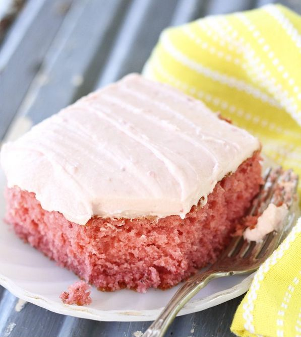 Best Strawberry Sheet Cake: An entire container of fresh strawberries goes into the batter for the base of this sweet cake
