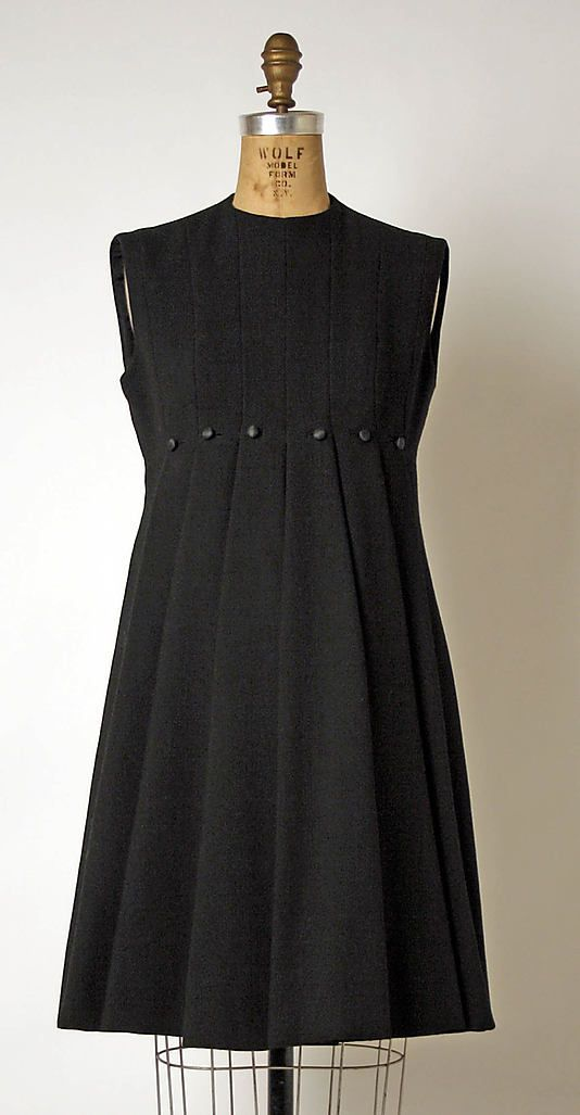 Dress Geoffrey Beene (American, Haynesville, Louisiana 1927–2004 New York) Date: 1963–69 Culture: American Medium: wool Dimensions: Length at CB: 36 in. (91.4 cm)