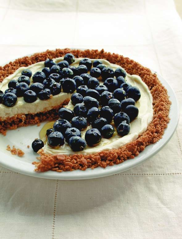 ... Pie with Granola Crust | Recipe | Yogurt Pie, Granola and Crusts