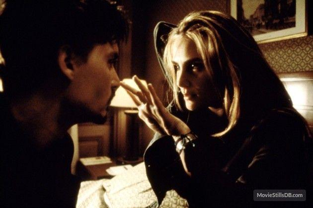 The Ninth Gate - Publicity still of Johnny Depp & Emmanuelle Seigner