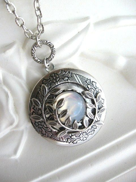 SALE Moonlit Forest LOCKET, Enchanted Forest Locket, Antique Locket, Moon, Moon Jewelry, Leafy Branch