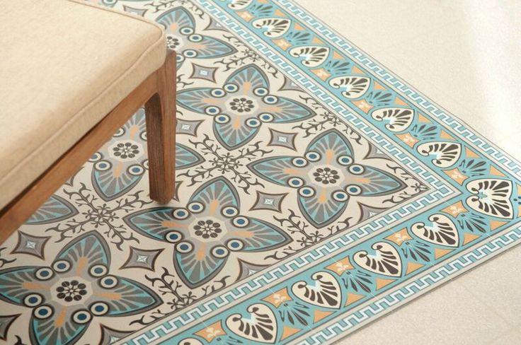 Unieke vinyl matten van Beij Flor uit Israël. Exclusief verkrijgbaar. Prachtige vloermatten, tafellopers en placemats vindt u bij Boer Staphorst.