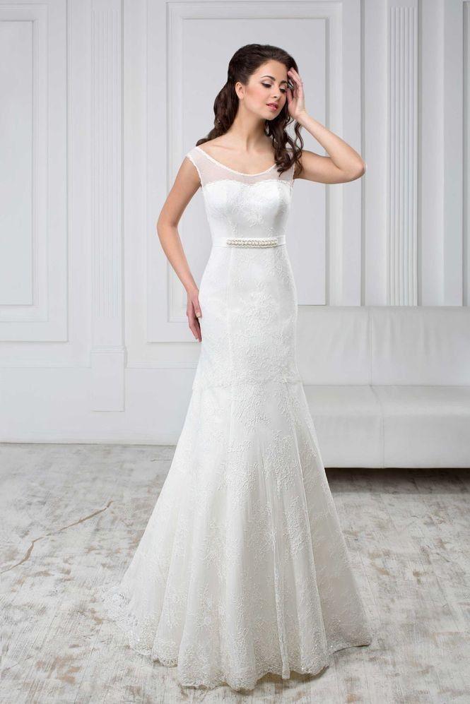 Elegantné svadobné šaty s opaskom v štýle morská panna