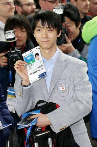 ソチ五輪:金メダル候補、現地入り 羽生、高梨ら相次ぎ  http://mainichi.jp/sports/news/20140204k0000e050188000c.html  ◆練習拠点としているカナダ・トロントから移動した羽生は、「緊張感は特別なもの。それを受け止める覚悟もしっかりできている。やるべきことをきちんとやる、それだけを意識したい」と意気込んだ。