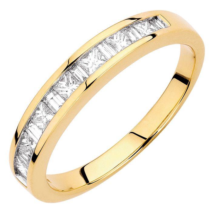1/2 Carat TW Diamond Wedding Band