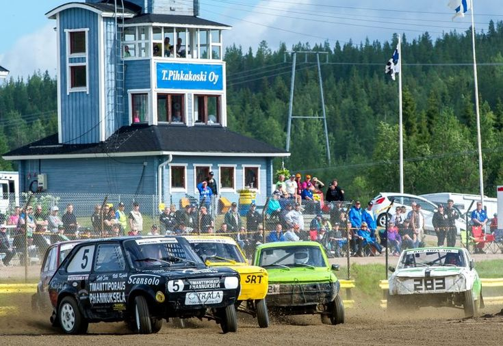 Poikkinainti Folkrace rally driving in Ritavaara in Pello in July