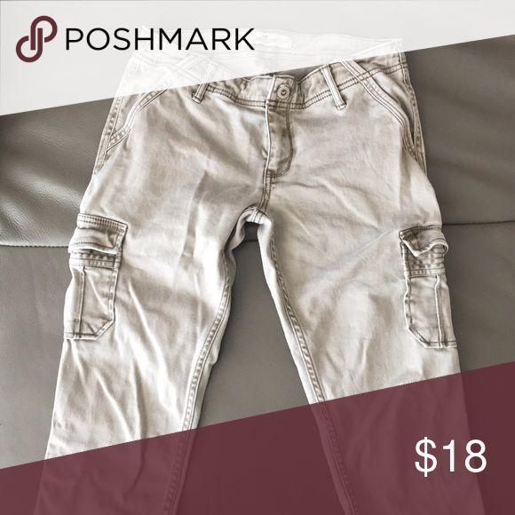 Hollister pants Great for school! Hollister Pants Skinny