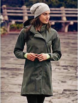 Wetlands Trench - The fully-waterproof rain trench with a zip-off hood and a clean, classic design made from sophisticated, menswear-inspired fabric.