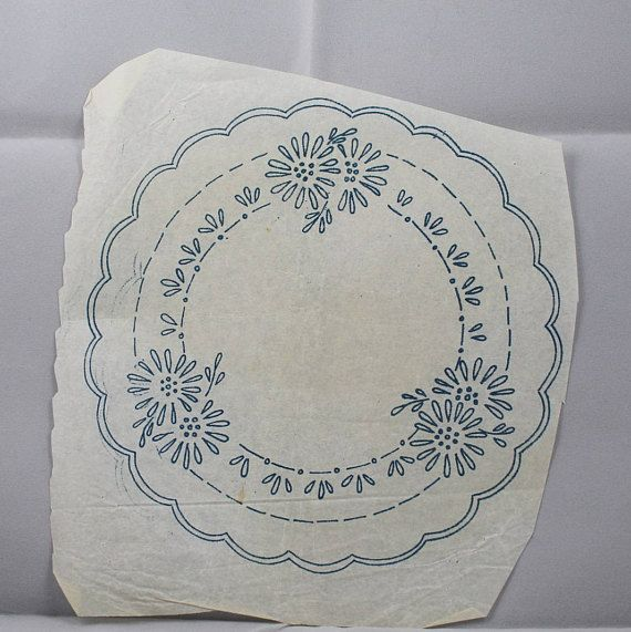 Daisy Circular Design - Vintage Iron-on Transfer