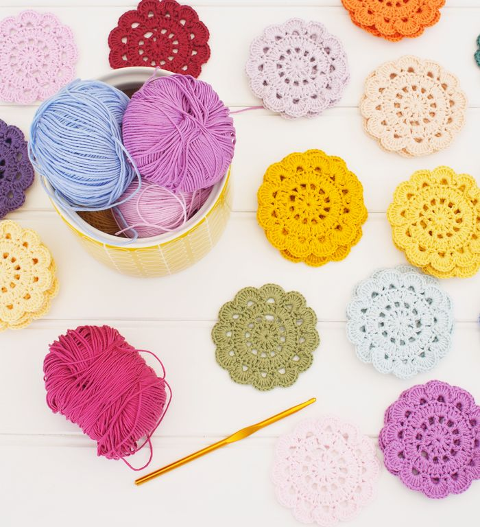 Crochet coasters...free pattern♥