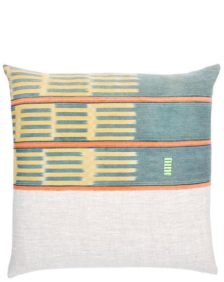 // Baule #08 Pillow