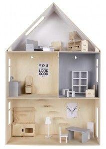 Piętrowy domek dla lalek ze sklejki z mebelkami