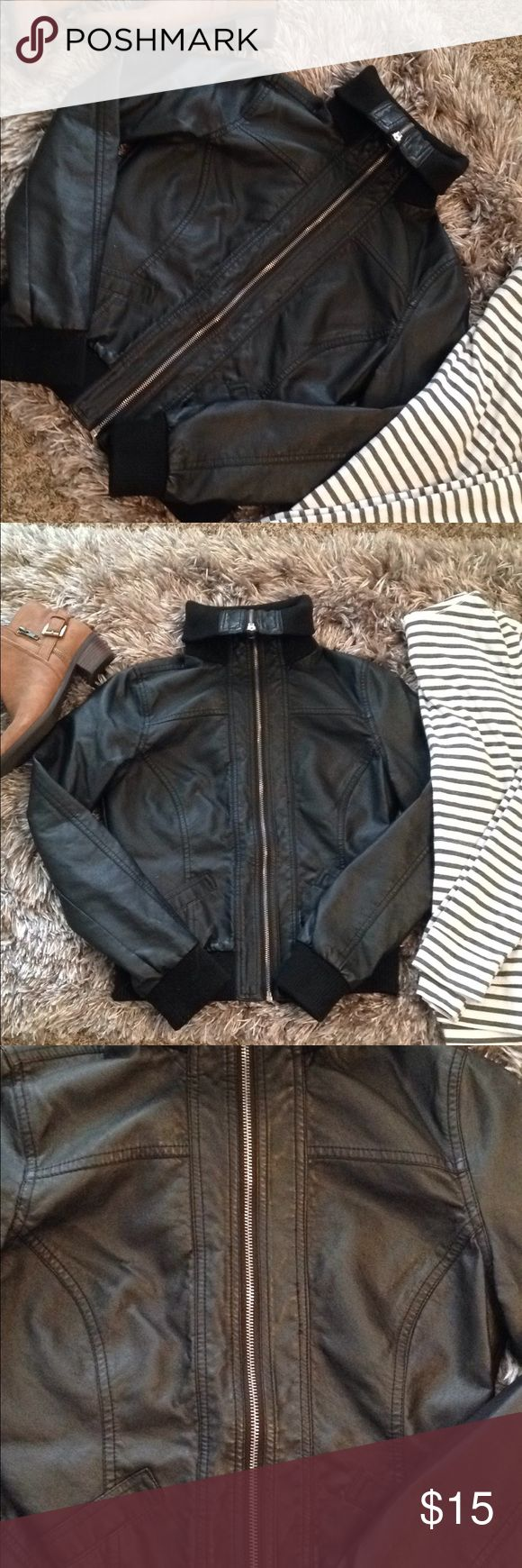 "faux leather jacket ✨reasonable offers are always accepted through the offer button below👇🏻  •size medium. RUNS SMALL. would best fit a size small, so will be listed as a small. refer to measurements below. •brand is FOREVER 21 •perfect condition! never worn! always fit too small 🙁 •slightly cropped (again, see measurements)  MEASUREMENTS: pit to pit: 15"" length: 19""  ❣️sorry, NO TRADES! Forever 21 Jackets & Coats"