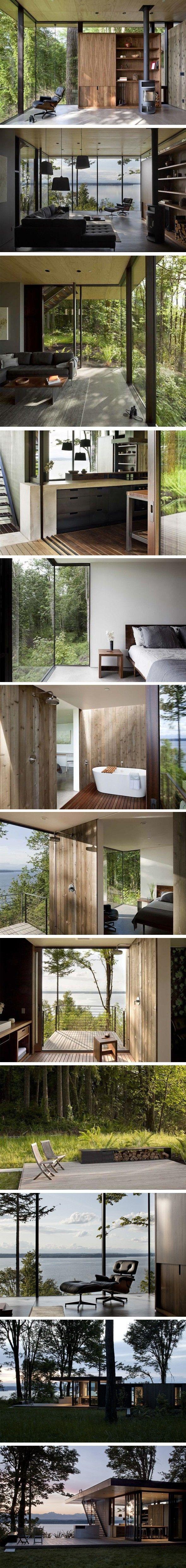Coin de paradis niché dans les bois Gros coup de coeur pour cette maison située dans l'état de Washington à Case Inlet. Logée sur une pente boisée…