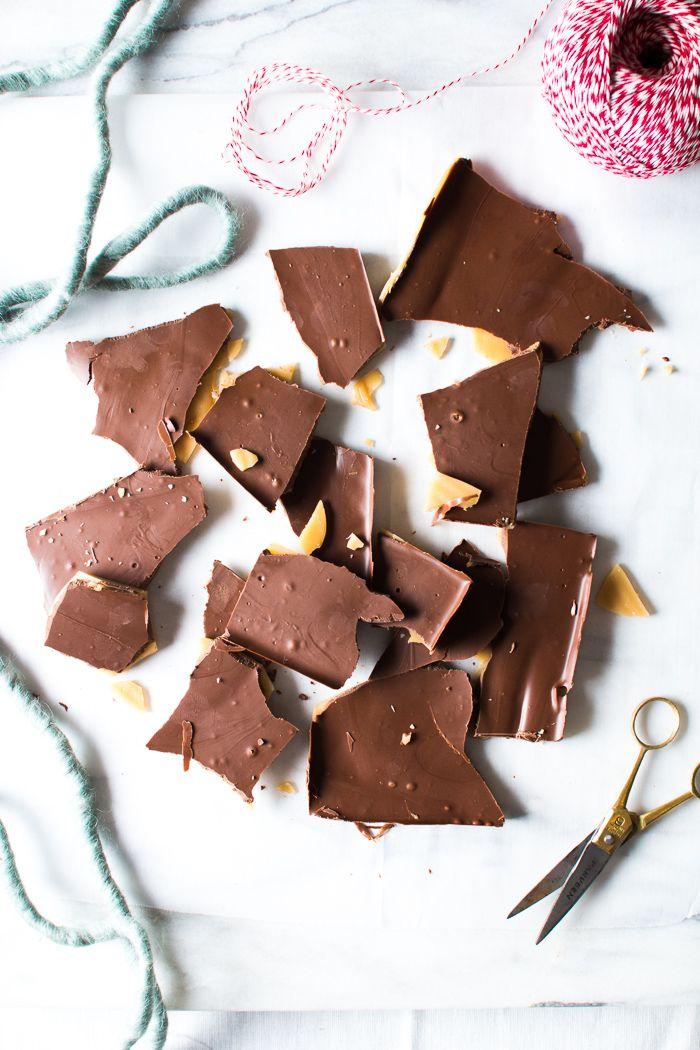 Flourishing Foodie: Homemade Chocolate Bars and Skor Bars for the Holiday Season