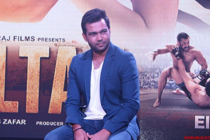 Only Salman locked for 'Bharat' till now: Director - Social News XYZ