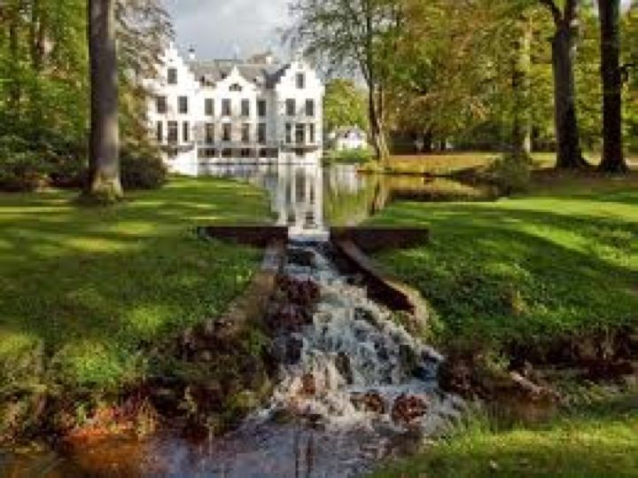 trouwen in Kasteel Staverden is trouwen in een echt Kasteel!!   Kastelen in Nederland