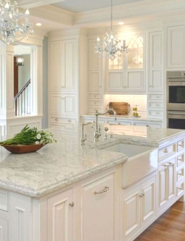Kitchen Cabinet Top Trim Ideas And Pics Of Pine Kitchen Cabinets Tip 46292648 Antique White Kitchen Antique White Kitchen Cabinets Kitchen Cabinets Decor