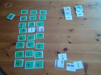 Breukenmemory De kaartjes stellen de breuken grafisch voor, maar ook als breuk. Het is de bedoeling om van elke breuk, zijn grafische voorstelling te zoeken. Andere varianten zijn met procenten en kommagetallen, die je eveneens kan laten linken aan de breuken.