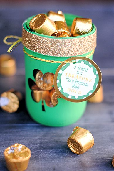 St. Patrick's Day Treat JarPot Of Gold, Crafts Ideas, Stpatricksday Irish, Gift Ideas, Cute Quotes, St Patricks Day, Crafts Masonjar, Printables Tags, Diy Projects