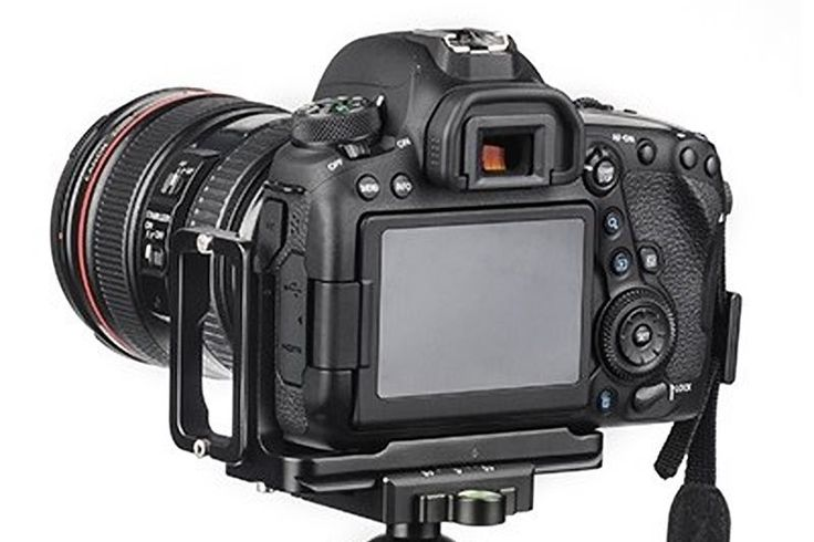 Announcement and short preview of Sunwayfoto custom L bracket for the Canon EOS 6D MkII.   #sunwayfoto   #Lbracket   #bracket   #camerasupport   #arcaswisscompatible   #news   #preview   #canon   #canoneos6dii