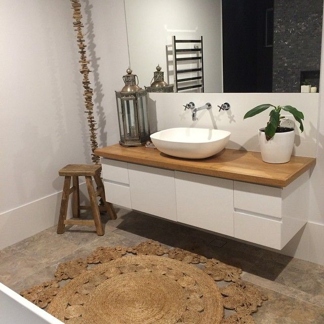 Inlove with the timber top vanity #timber #vanity #bathroom #interior