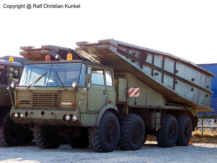 Tatra T813 8x8 AM50