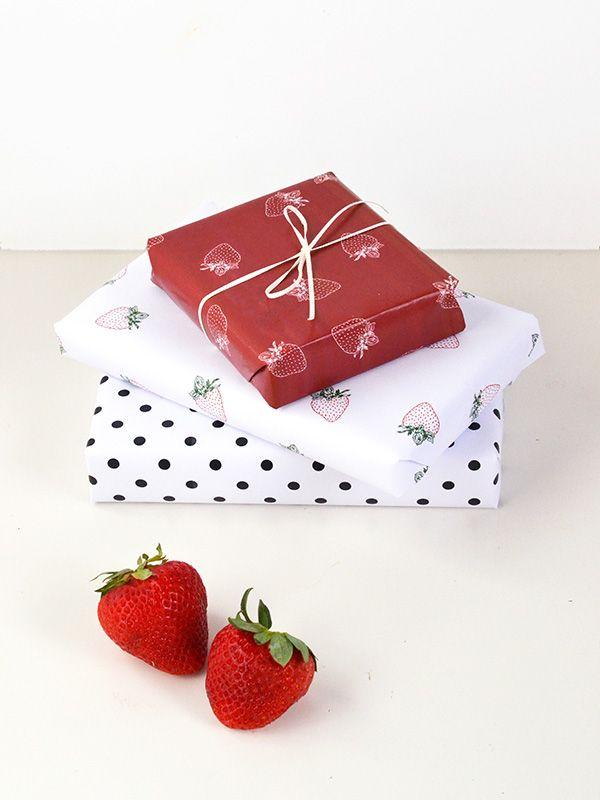 printable strawberry gift wrap
