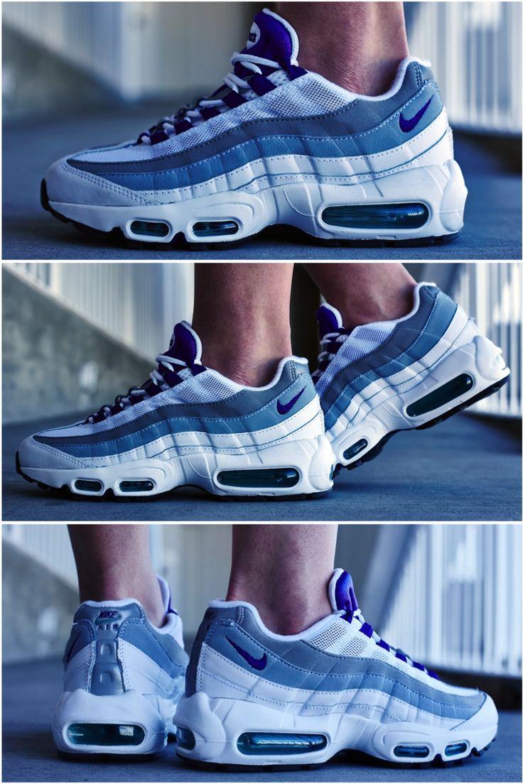 Wmns Nike Air Max 95 EM Think Pink
