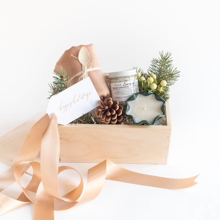 """CURATED HOLIDAY GIFT BOX by Marigold & Grey - The """"Tidings of Joy"""" is perfect for client gifts, corporate gifts, family and friends. Offered with FREE SHIPPING and a handwritten message on your behalf. image: Laura Metzler Photography"""