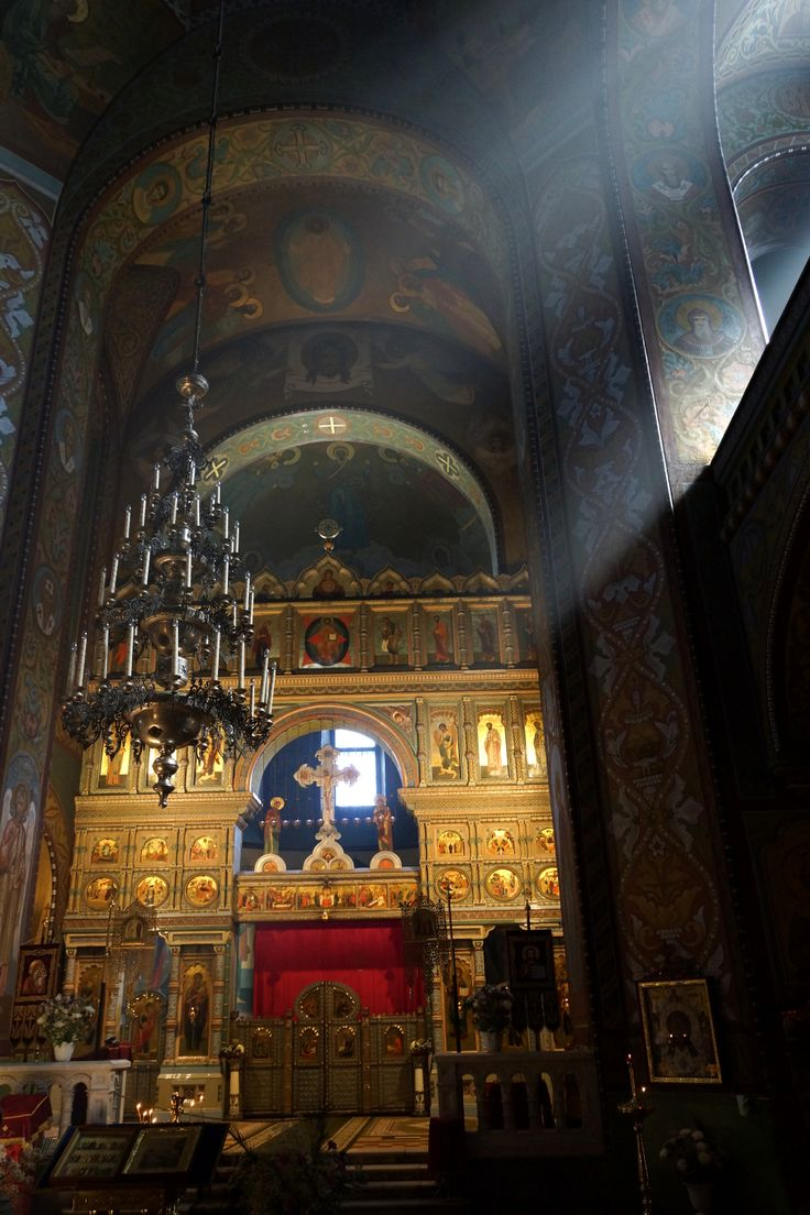 Wnętrze cerkwi. Peterhof, Rosja. Fot. Jan Gołąb