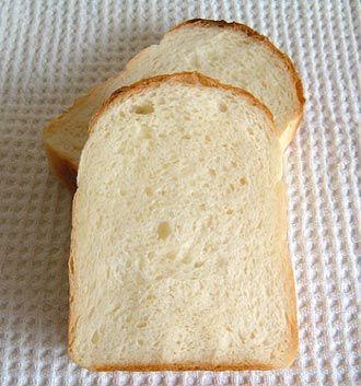 イギリスパン + Sweet Country +