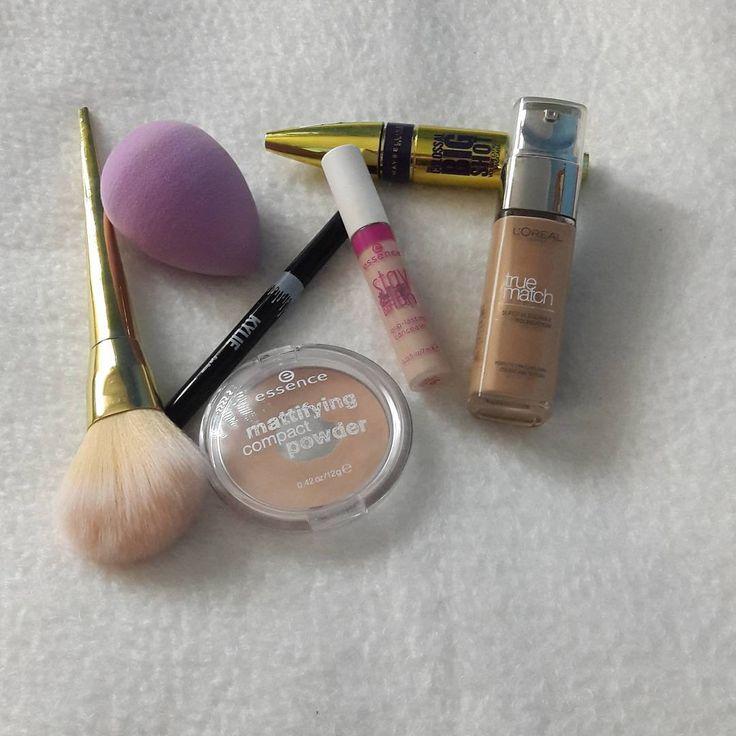 Hi girls ❤Happy Saturday���� .@beautyblender .@kyliecosmetics eyebrow pencil with brush .@essence_cosmetics matti find compact powder & Stay all day 16h concealer .@maybelline Colossal big shot mascara .@lorealmakeup true match foundation . . . . . . . . #beautyblender #foundation #concealer #powder #eyebrowpencil #mascara #essencecosmetics #loreal #kyliecosmetics #slovakianbloger http://ameritrustshield.com/ipost/1539016847215020047/?code=BVbr6shl8gP