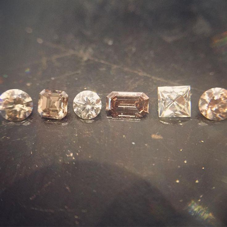 A little Tuesday sparkle... #diamonds #unique #frenchcut #roundbrilliant #ashercut #emeraldcut #champagne #blush #white #cognac #tresures #agirlsbestfriend #precious #gemstone #finejewelry #studio #bench #jeweller