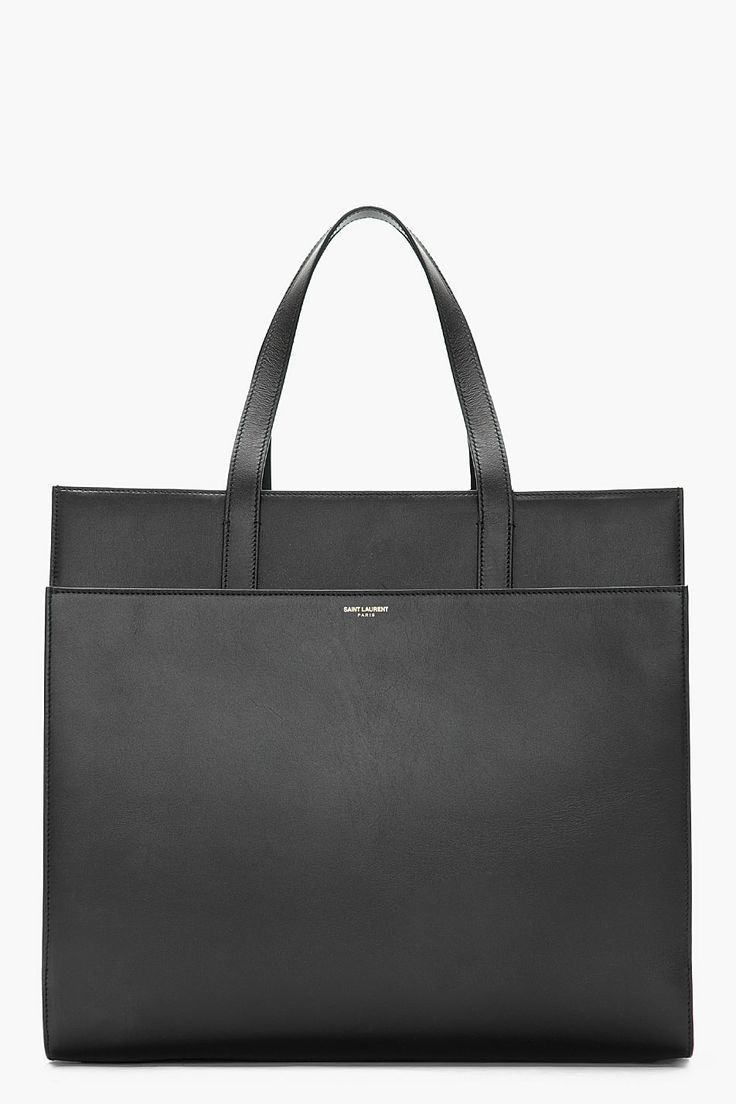 A perfect black bag is always a necessity for travel / SAINT LAURENT Black  leather flat tote