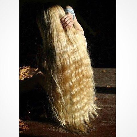Славянские волосы для наращивания. Волосы на заколках.Хвосты. #hairextensions, #sexyhair, #longhair, #girl, #hairstyle, #arthair, #interhair, #волосыдлянаращивания, #наращиваниеволос. #продажаволос, #славянскиеволосы, #волосыназаколках, #ponytail, #натуральныеволосы, #humanhair