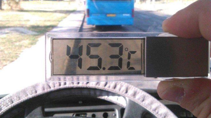 Nyomoz az őrült BKV a sofőr ellen, aki lefotózta, hogy 45 fokban dolgozik http://ahiramiszamit.blogspot.ro/2017/08/nyomoz-az-orult-bkv-sofor-ellen-aki.html