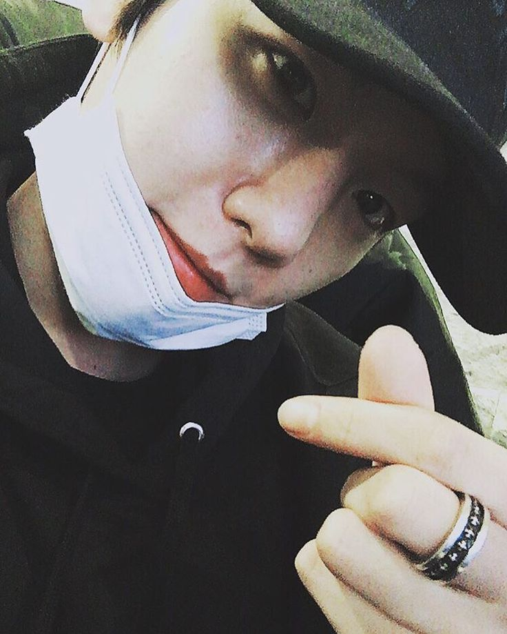 Baekhyun official IG update! He is talking about the exo 4 years anniversary!!!!! He is such a cutie