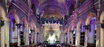 https://www.hotelarena.nl/vergaderruimtes-amsterdam/chapel 8 zalen, grootste zaal voor 800p Oosterpark Amsterdam