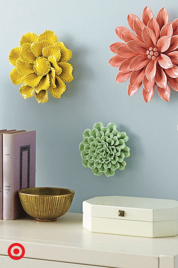 25+ best ideas about Flower Wall Decor on Pinterest | Diy wall flowers,  Dorm wreath and Book flowers