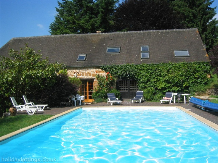 2 Bedroom Cottage In Vimoutiers To Rent From £490 Pw, With A Tennis Court