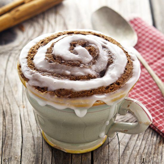 (Paleo) Cinnamon Roll In A Mug - It only takes 2 minutes in the microwave to make a delicious paleo, vegan, and GF cinnamon roll!