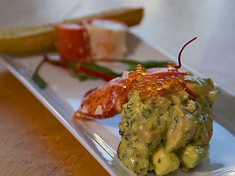 Avokado- och hummersallad med vit balsamdressing | Recept.nu