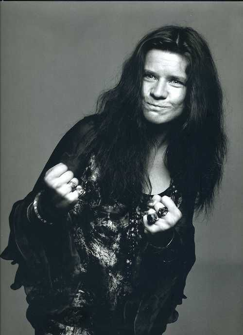 Janis Joplin by Richard Avedon. This is a great photo.