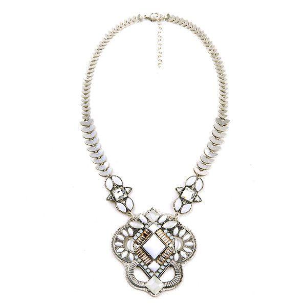 Vintage statement necklace with sparkling faux stones Length: 52cm (20.5') – 58cm (22.8') Décor length: 8.3cm (3.3')