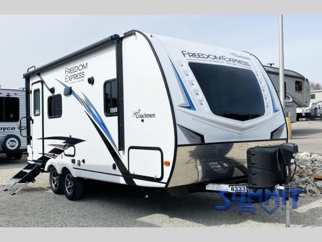 New 2020 Coachmen Rv Freedom Express Ultra Lite 192rbs Travel Trailer At Summit Rv Ashland Ky 8333 Lite Travel Trailers Coachmen Rv Travel Trailer